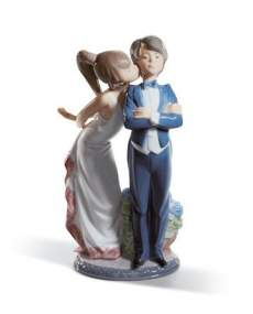 Lladro figurines 01005555 - Let's Make Up